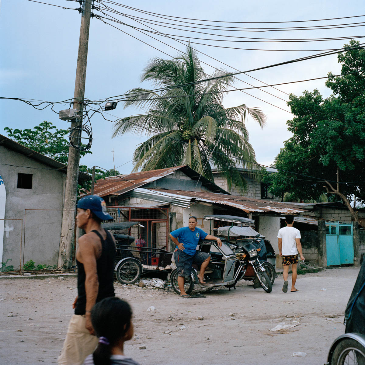 "Barangay  - Typical view, as a diptych, of Ipil-Ipil, a barangay (neighbourhood) surrounding Angeles City. Most of the sex-workers live in these areas. Angeles City, Philippines, August 2014. - Copyright © © S. Borcard - N. Metraux - Angeles - Central Luzon - Philippines - <A href=""https://maps.google.com/?ll=15.168055,120.586388&z=16"" target=""_blank"">(Map Barangay )</A>"