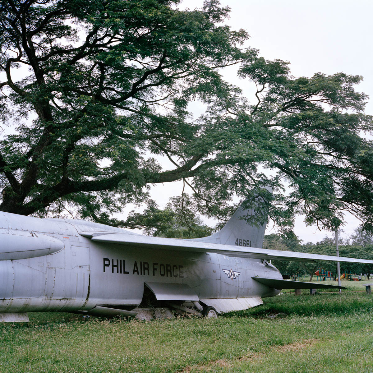 "Vought F-8H Crusader - An old Vought F-8H Crusader of the Philippines Air Force (ex U.S. Navy aircraft) in the former Clark Air Force Base. Before the Pinatubo eruption in 1991, the former Clark US Air Force Base was the largest US military air base outside of the United States. It counted 150'000 soldiers. The Americans pulled out after the eruption and the base became a special economic zone.  Angeles City, Philippines, August 2014. - Copyright © © S. Borcard - N. Metraux - Angeles - Central Luzon - Philippines - <A href=""https://maps.google.com/?ll=15.168055,120.586388&z=16"" target=""_blank"">(Map Vought F-8H Crusader)</A>"