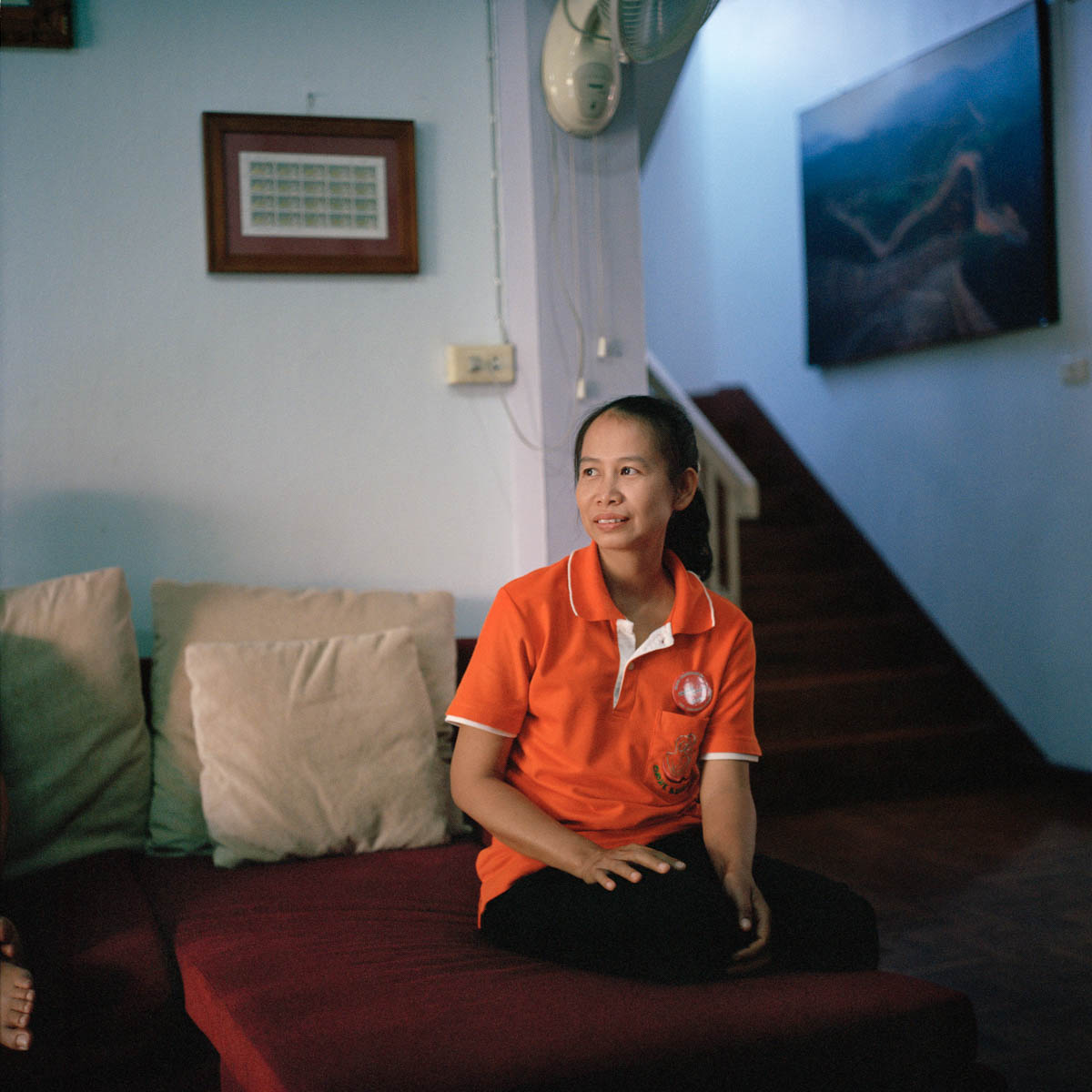 Portrait of Chang Ya - Ten years ago Martin Woodtli, a Swiss citizen, founded in Chiang Mai, Northern Thailand, a center for people with Alzheimer's and senile dementia: The Baan Kamlangchay. Today the center hosts a dozen European residents. —