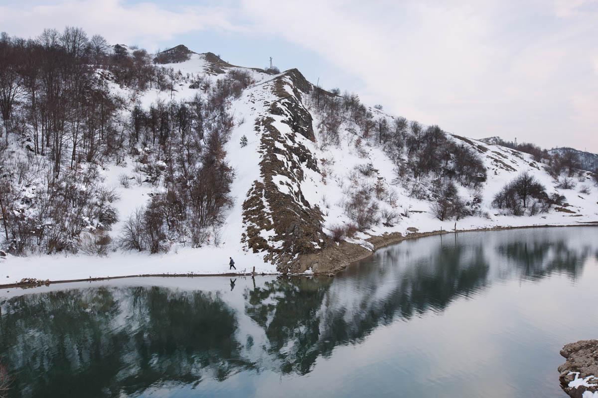 "Klinje lake - Wintry scene on the banks of the Klinje Lake. Gacko, March 2015 - Copyright © © S. Borcard - N. Metraux - Gacko - Republika Srpska - Bosnie-Herzégovine - <A href=""https://maps.google.com/?ll=43.19694,18.570663&z=16"" target=""_blank"">(Map Klinje lake)</A>"