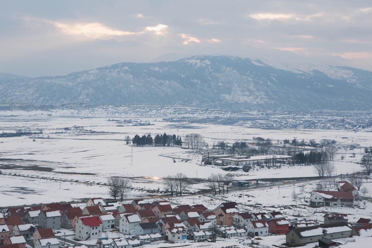 "Gacko - The small town of Gacko covered by snow. Eastern Bosnia, March 2015 - Copyright © © S. Borcard - N. Metraux - Gacko - Republika Srpska - Bosnie-Herzégovine - <A href=""https://maps.google.com/?ll=43.162067,18.55154&z=16"" target=""_blank"">(Map Gacko)</A>"