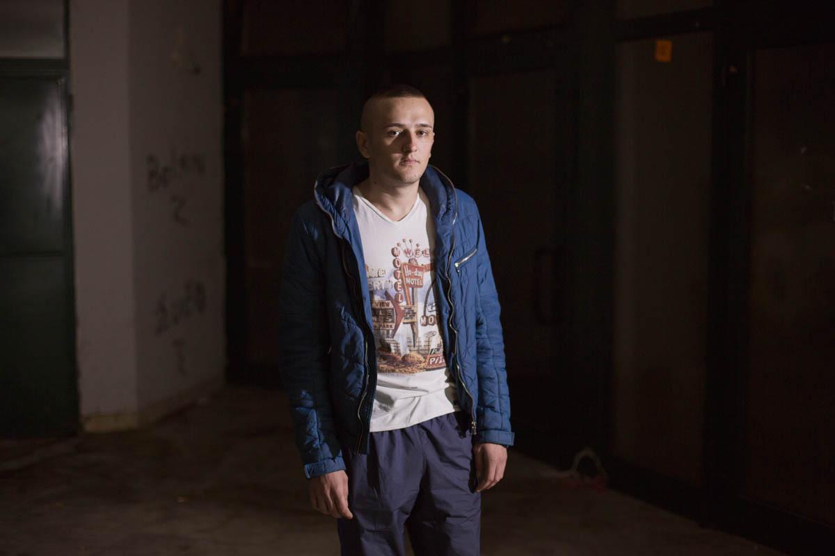 Eldar - Eldar, 26 years old Tuzla, March 2015 - Copyright © © S. Borcard - N. Metraux -