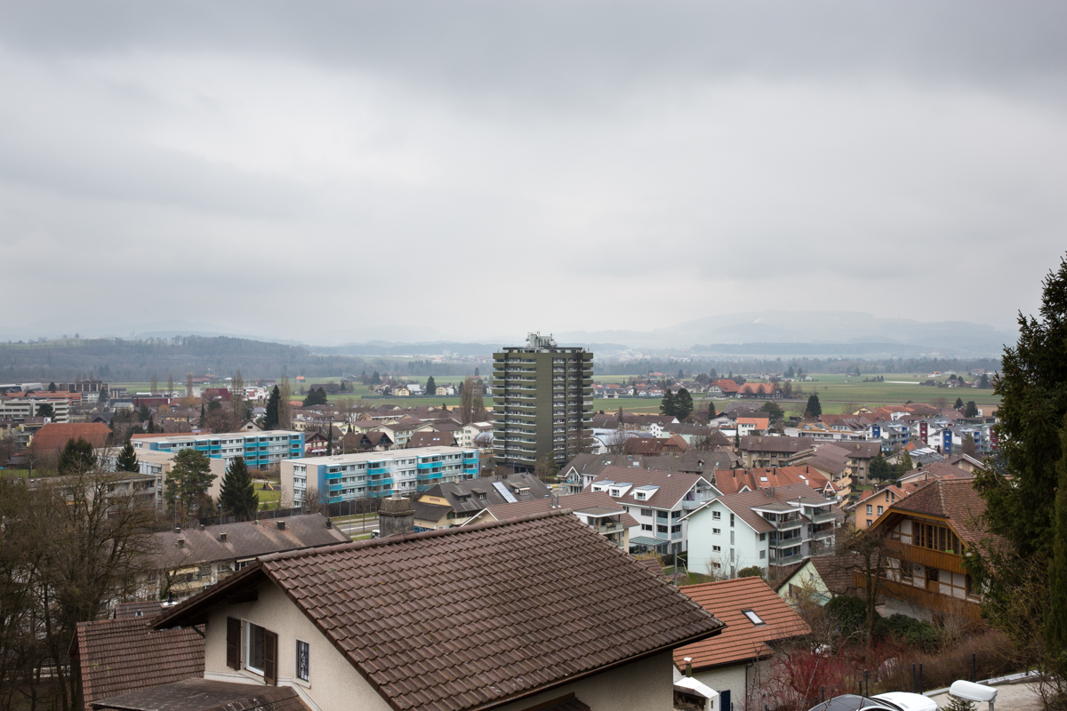 Small and medium sized towns in Switzerland are quite heterogeneous and specialize in different industries. Towns can specialize in high tech or low tech industries. This is a typical view of a low tech town. Low tech industries encompass firms that produce inputs for other industries (e.g. metal fabrication) or traditional products (e.g. furniture, textiles, etc.). Belp, February 2018