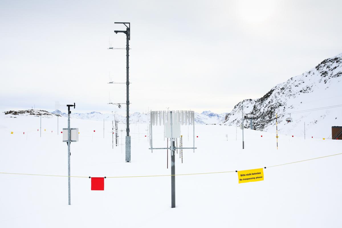 Versuchsfeld auf dem Weissfluhjoch. Hier wird Schnee auf allen verschiedenen Arten gemessen und analysiert. Versuchsfeld Weissfluhjoch, Davos, November 2017.